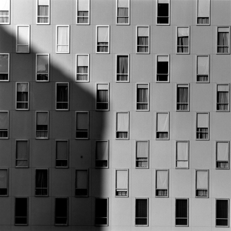 robert-mapplethorpe-apartment-window-1977