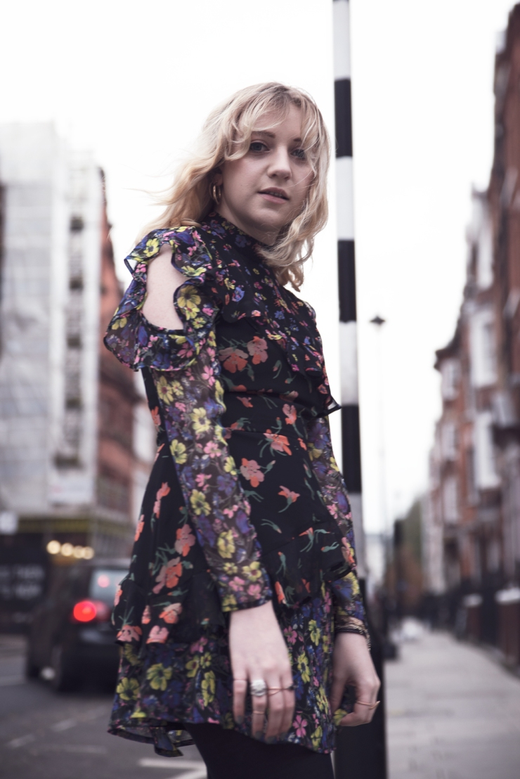 chloe-moss-asos-floral-dress-06-photography-sara-baena