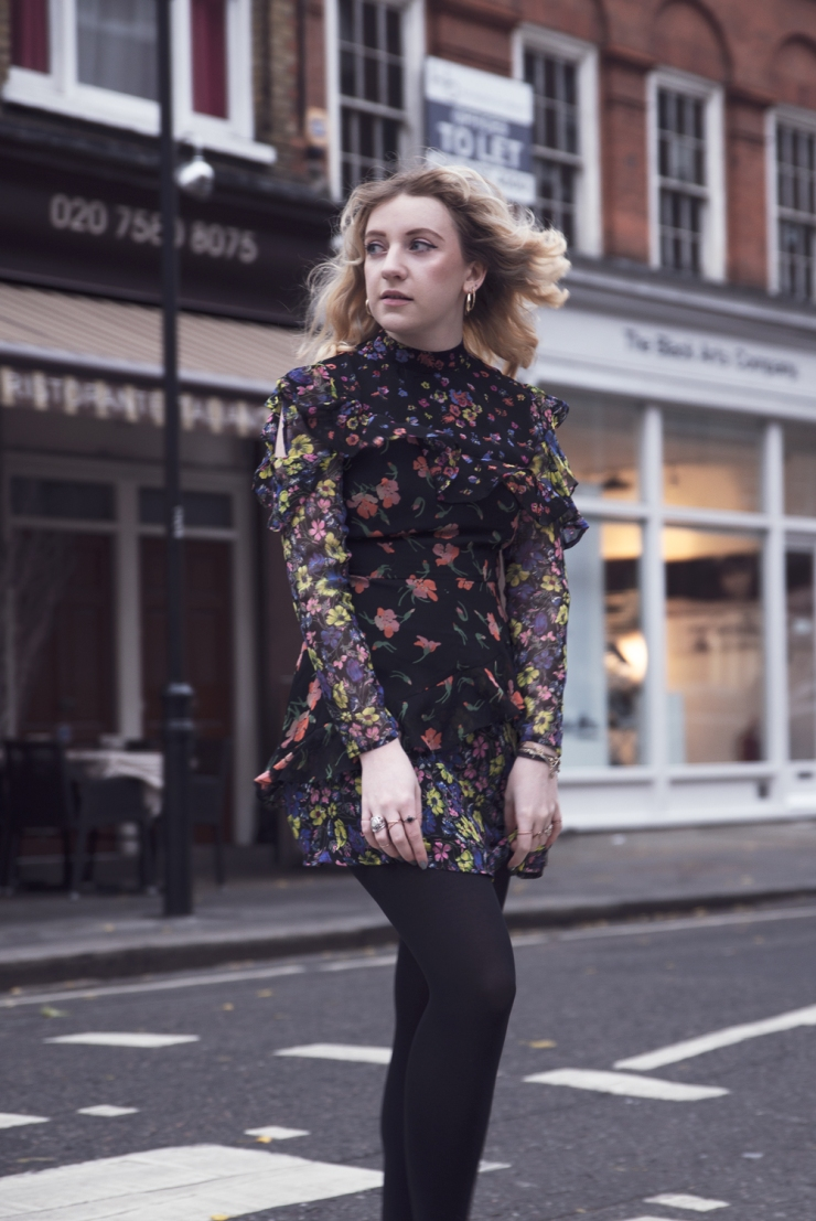chloe-moss-asos-floral-dress-07-photography-sara-baena