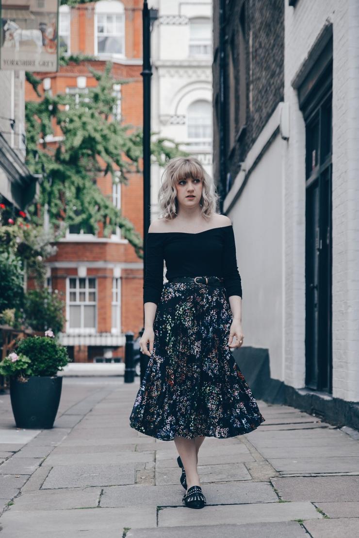 Chloe-Moss-Floral-Skirt-04-Sara-Baena-Photography